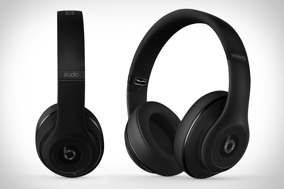 Studio Wireless , black